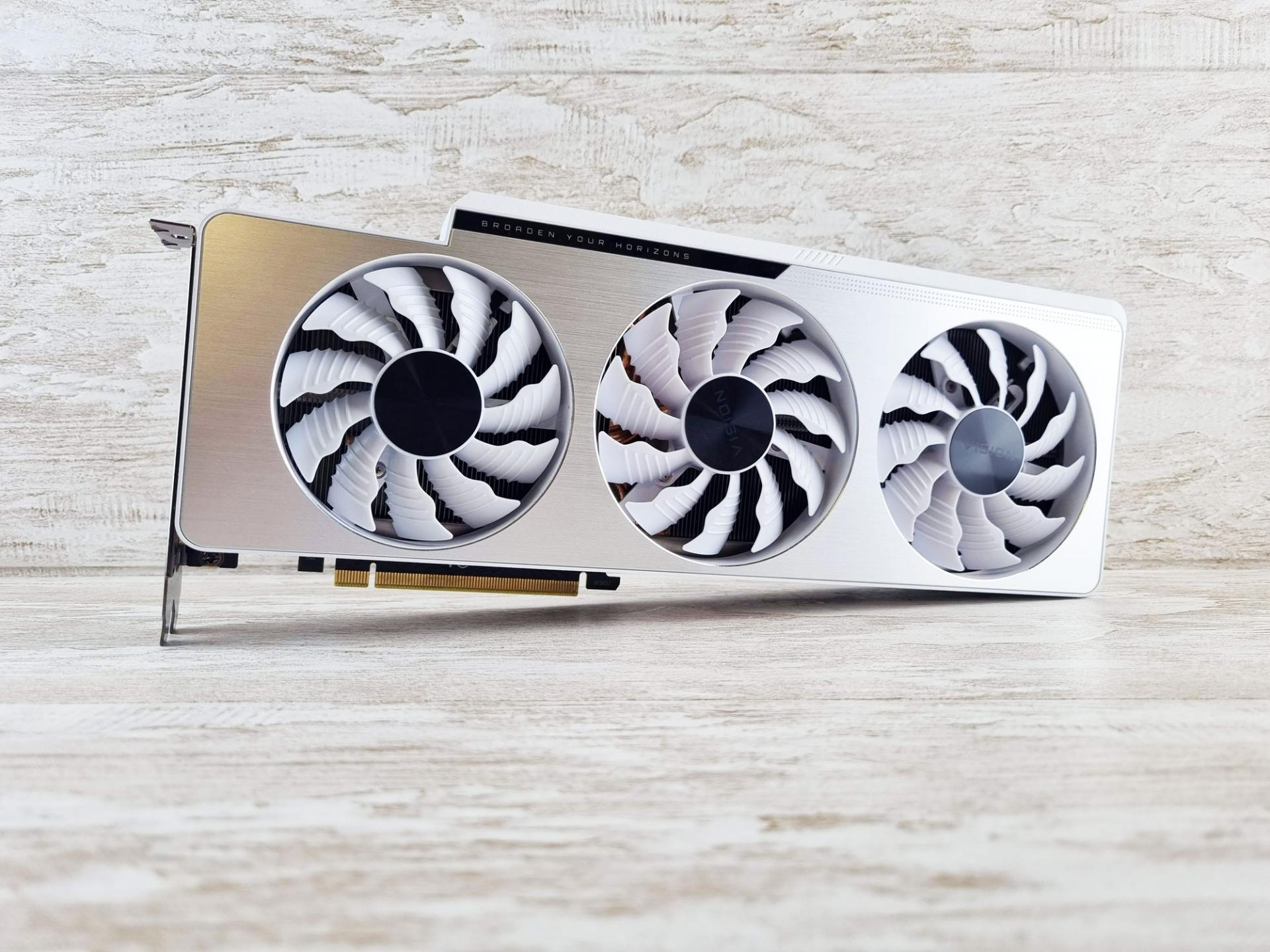 Тест-драйв видеокарты GIGABYTE GeForce RTX 3080 TiVISION OC12G
